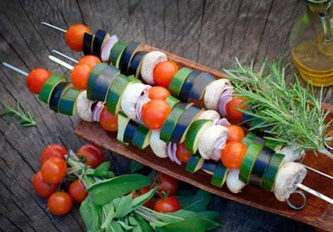Healthy Substitutions: Eating Smart At Summer Barbeques